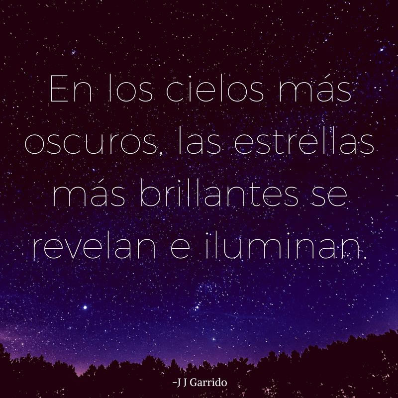 En los cielos más oscuros, las estrellas más brillantes se revelan y brillan