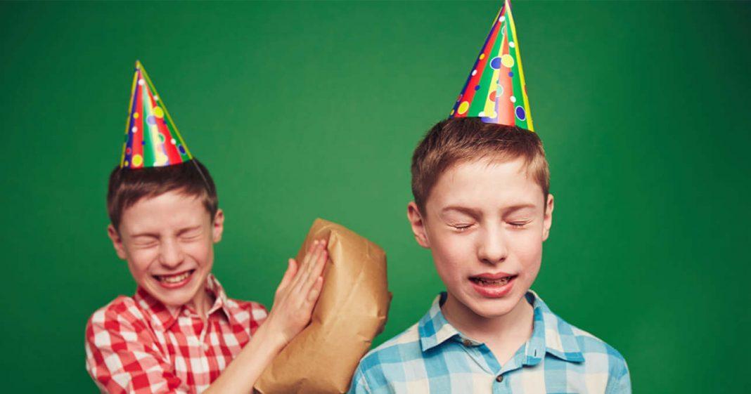 Peleas entre hermanos gemelos - Psicología en Acción